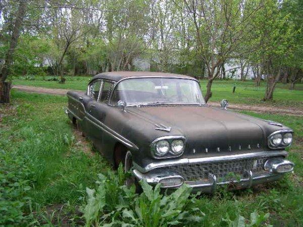 5L: 1958 Pontiac SuperChief 4dr Post