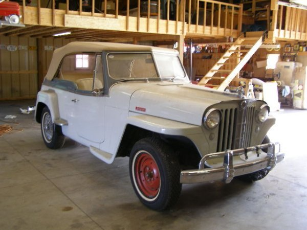 15H: Jeep  Jeepster Convertible