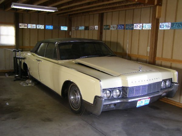19H: 1967 Lincoln Continental Convertible