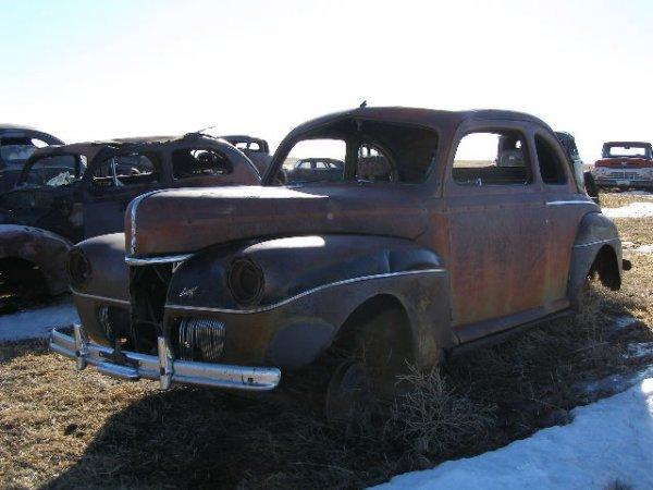 18V: 1941 Ford 2dr Deluxe