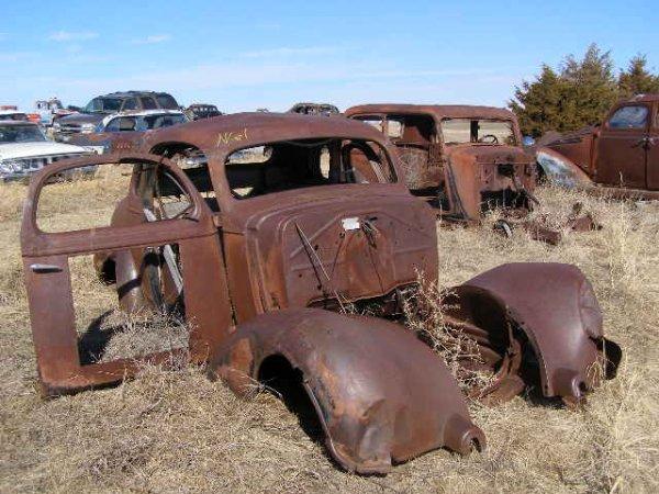 61V: 1936 Chrysler Coupe