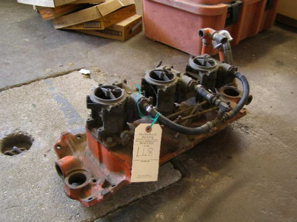 8L: Chevrolet Intake with 3-2 barrel Carbs