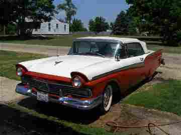 15A: 1957 Ford Fairlane 500 Convertible