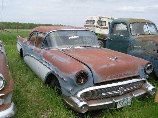 19V: 1957 Buick Special 4dr Sedan