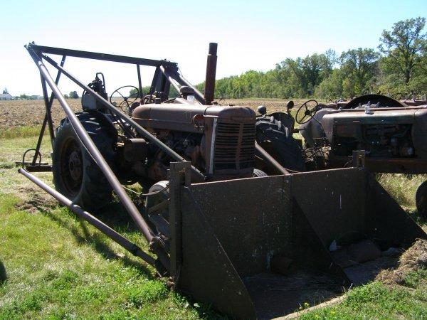 7T: 1942 McCormick Deering W-6