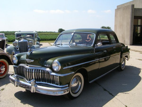 5B: 1949 DeSoto Deluxe 2dr Club Coupe