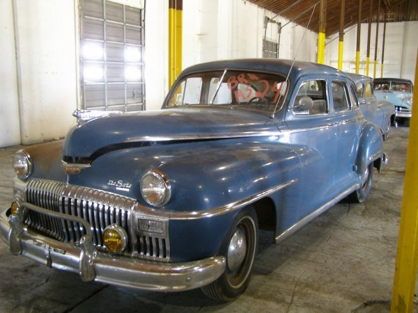 24B: 1946 DeSoto Custom 4dr Sedan Suicide