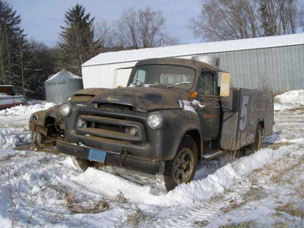 5W: 1956 International 1700 Series Truck Cool Car Haule