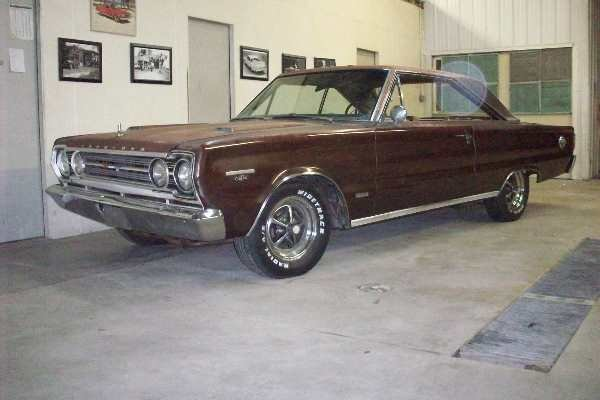 1B: 1967 Plymouth GTX 2dr Hard Top HEMI