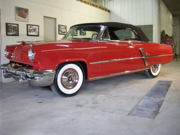 4B: 1953 Lincoln Capri Convertible