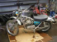 2J: 1973 Honda 350 Motor Cycle