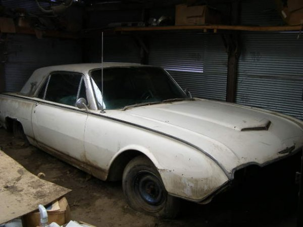 6J: 1961 Ford Thunderbird Coupe