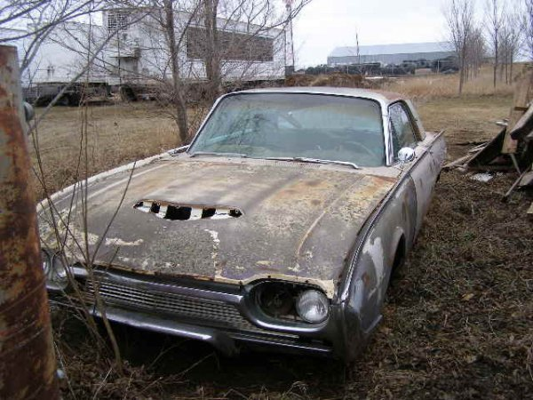 11J: 1961 Ford Thunderbird Coupe