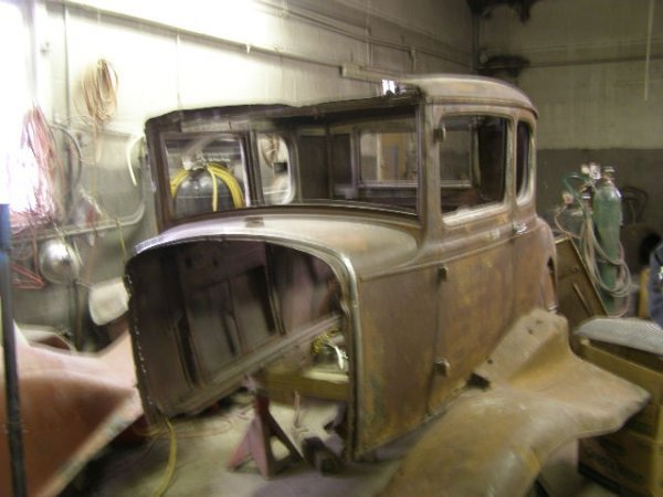 14F: 1931 Ford Model A 5 window Coupe Body