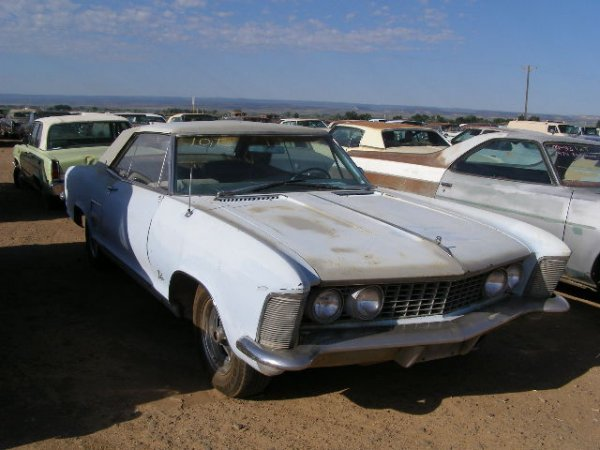 10T: 1964 Buick Riviera 2dr Coupe