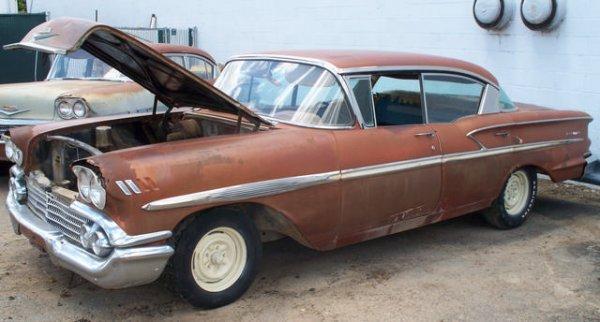 11M: 1958 Chevrolet Belair 4dr Sedan