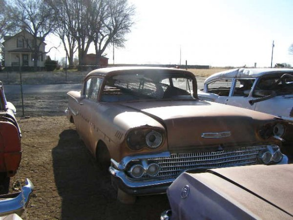 14M: 1958 Chevrolet Delray 2dr sedan