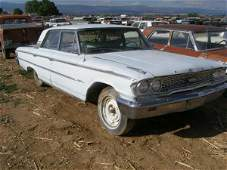 124T: 1963 Ford Galaxie 4dr Sedan