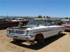 676M: 1964 Ford Galaxie 500 4dr Sedan