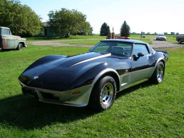 10B: 1978 Chevrolet Indy Pace Car Corvette