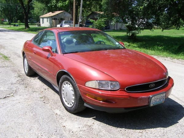 3C: 1997 Buick Riviera 2dr Coupe