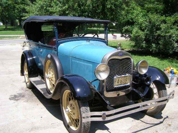 12C: 1928/9  Ford Model A 4 door Phaeton