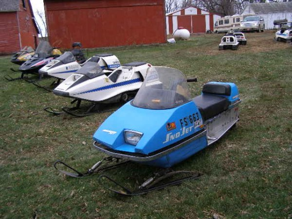 7R:  1974  Snojet Whisper Jet Snowmobile