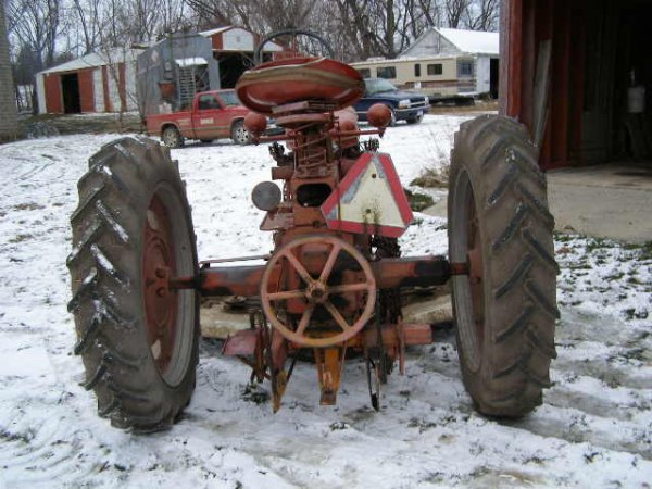 14R: Farmall Super C Tractor with Belly Mower - 4