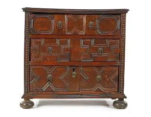 Oak 3-drawer 18th century chest of drawers