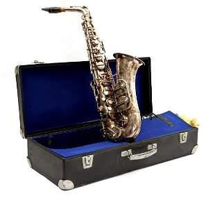 Werner Roth saxophone in case
