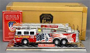 Code 3 1/32 die cast Fire Dept of New York Seagrave