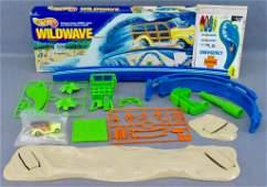 Unused 1989 Hot Wheels Wildwave stunt set in original