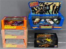 Five Hot Wheels boxed set with antique cars American
