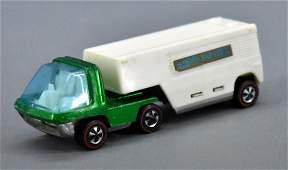 Redline Hot Wheels GREEN HK Heavyweights Van Lines