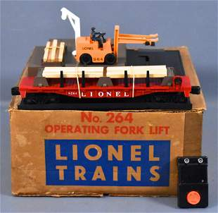 Lionel postwar O 264 operating fork lift set in