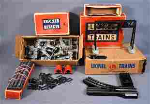 Group of misc Lionel postwar O accessories switches and