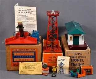 Lionel postwar O 356 394 397 accessories in original
