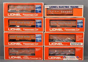 Lionel modern era O Milwaukee Road passenger car set in