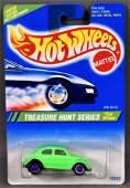Hot Wheels 1995 Treasure Hunt #5 VW Bug mint on a