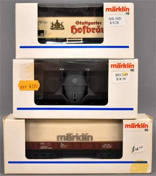 Three modern Marklin HO freight cars in original boxes