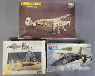 Mixed group of aviation related plastic model kits