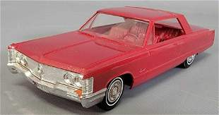 1968 Chrysler Imperial coupe friction promo car
