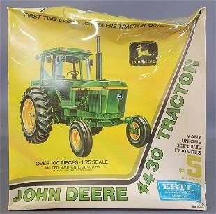 Factory Sealed ERTL John Deere 4430 Tractor 1:25 scale