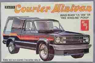 AMT Ford Courier Minivan 1:25 scale model kit 2701 Mint