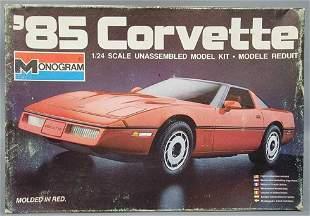 Monogram '85 Corvette 1:24 scale model kit 2209 Mint