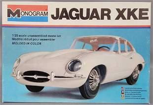 Monogram Jaguar XKE 1:24 scale model kit 2243 Mint