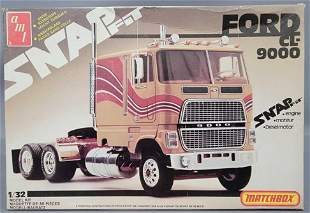 AMT Ford CT 9000 1:32 scale snap fit model kit Mint