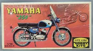Factory sealed Life Like 1/16 scale Yamaha 250