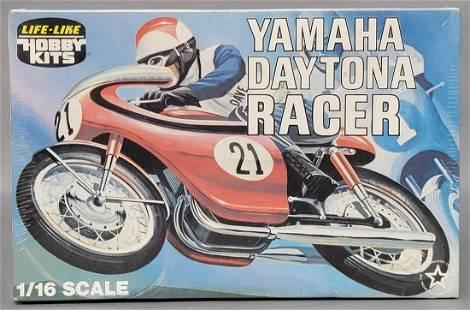 Factory sealed Life-Like Yamaha Daytona Racer 1/16