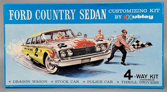 Mint unbuilt Hubley Ford Country Sedan 1/24 scale model